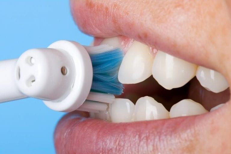 Salute dentale collegata con altri organi