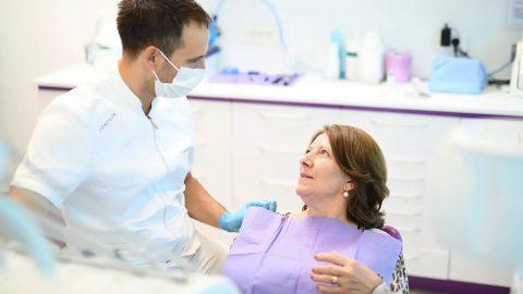 consiglio dentale da un professioista